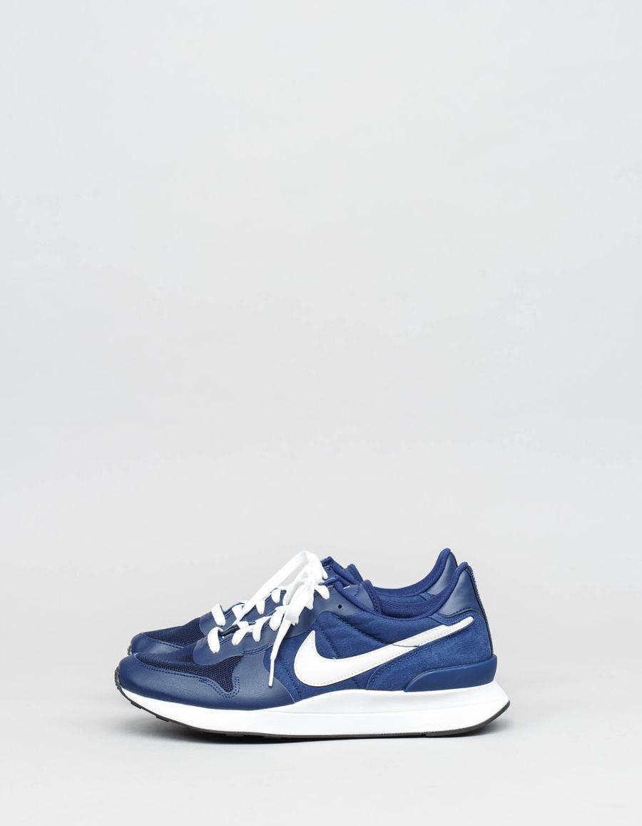 Nike Sportswear Internationalist LT17
