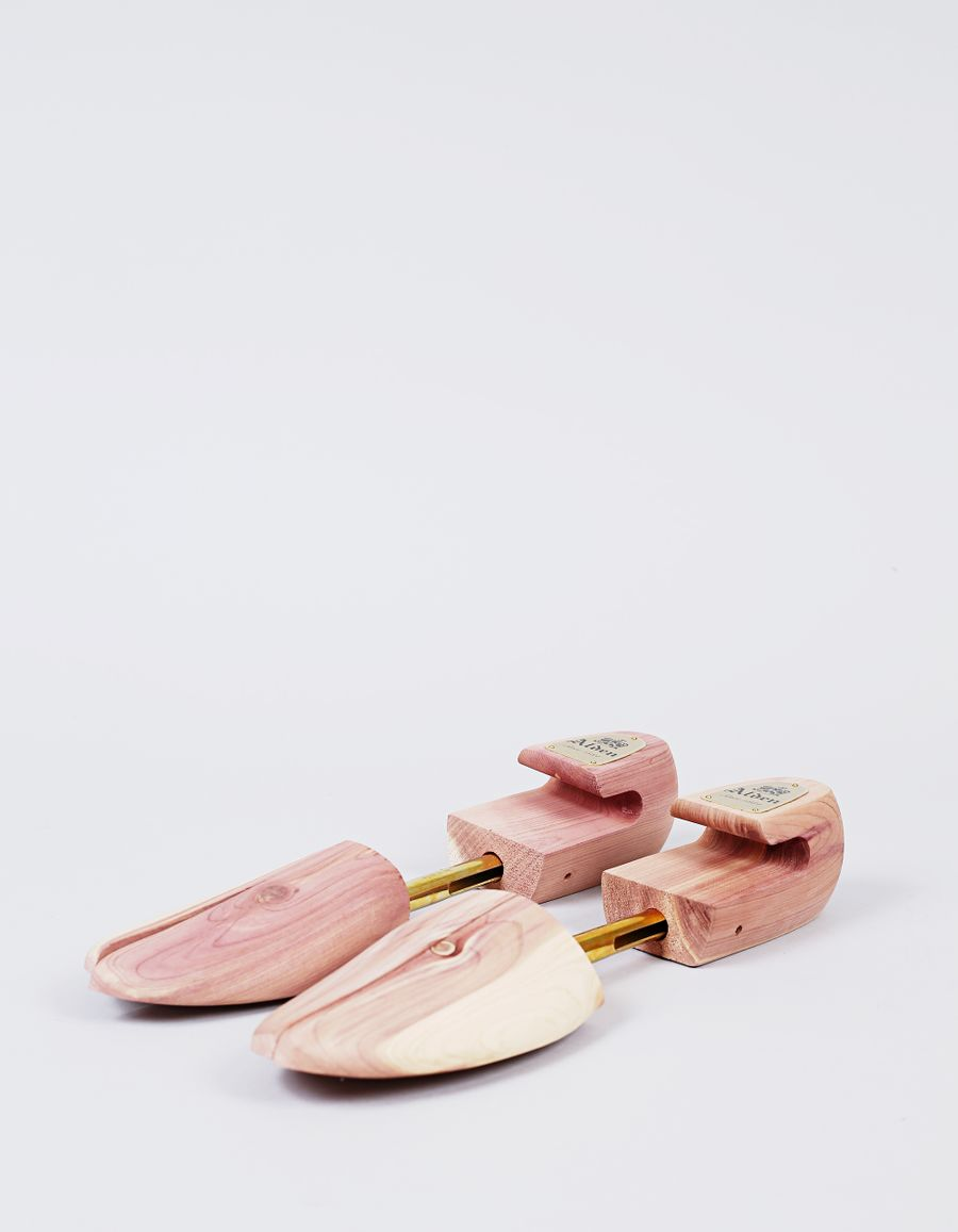 Alden Cedar Shoe Trees